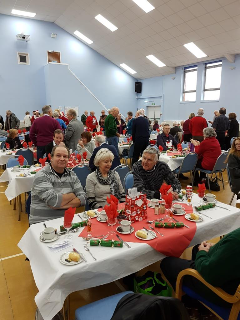 ChristmasLunchDec2017Members1