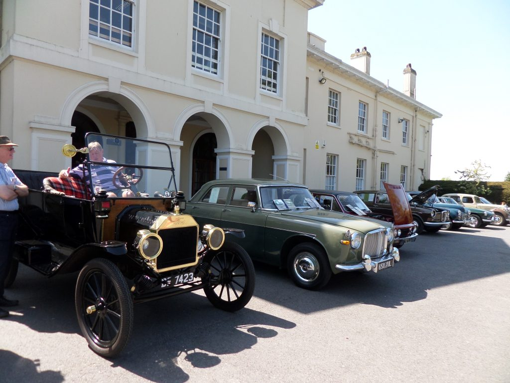 The Line Up - Classic Cars